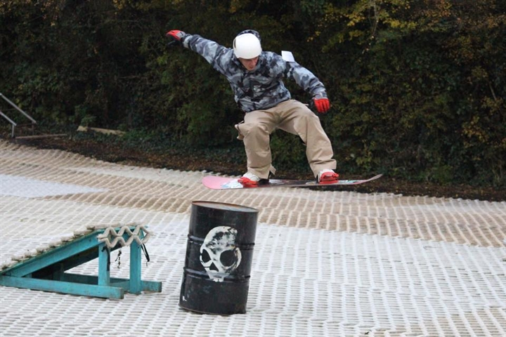GIAG - Give it a Go! Snowboard Lessons: 3:00pm - 3:40pm